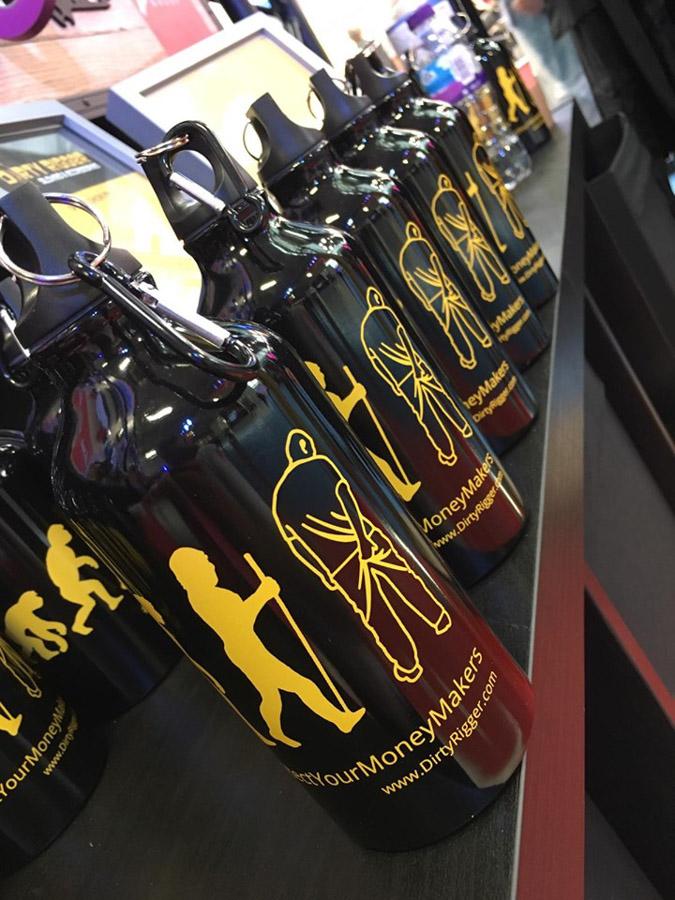 Dirty Rigger's free reusable metal water bottles